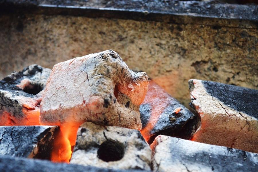焼肉オガ炭